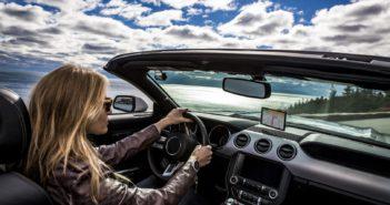 Nuova serie Garmin Drive, per una guida ancora più assistita e sicura