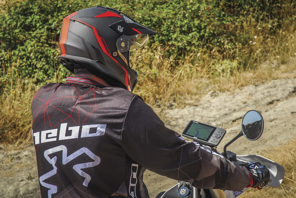 Garmin GPSMAP 276cx su Enduro Action3