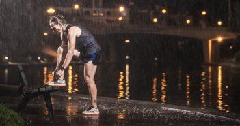 10 consigli per correre sotto la pioggia